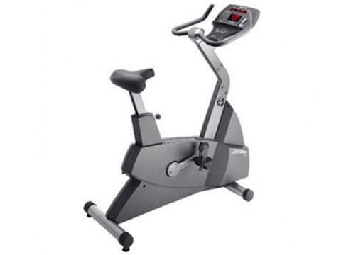 Life Fitness 90C Cardio Bike